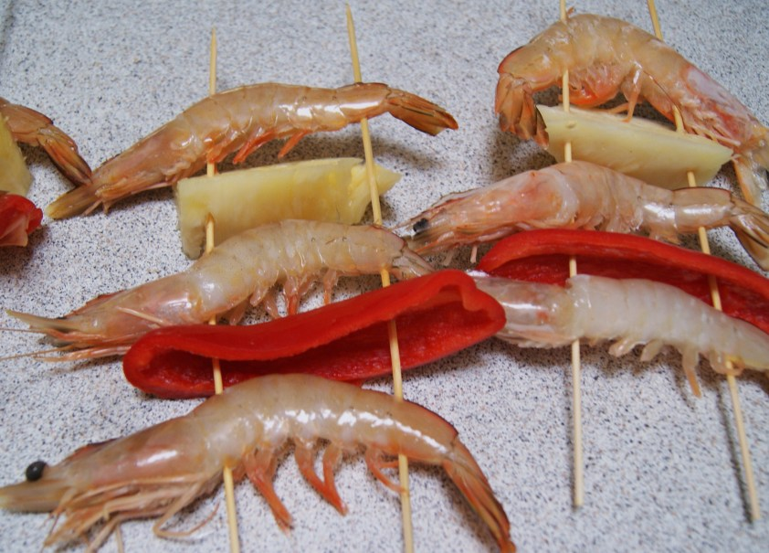 Buying 3 prawns per person is affordable (compare specials while shopping online)